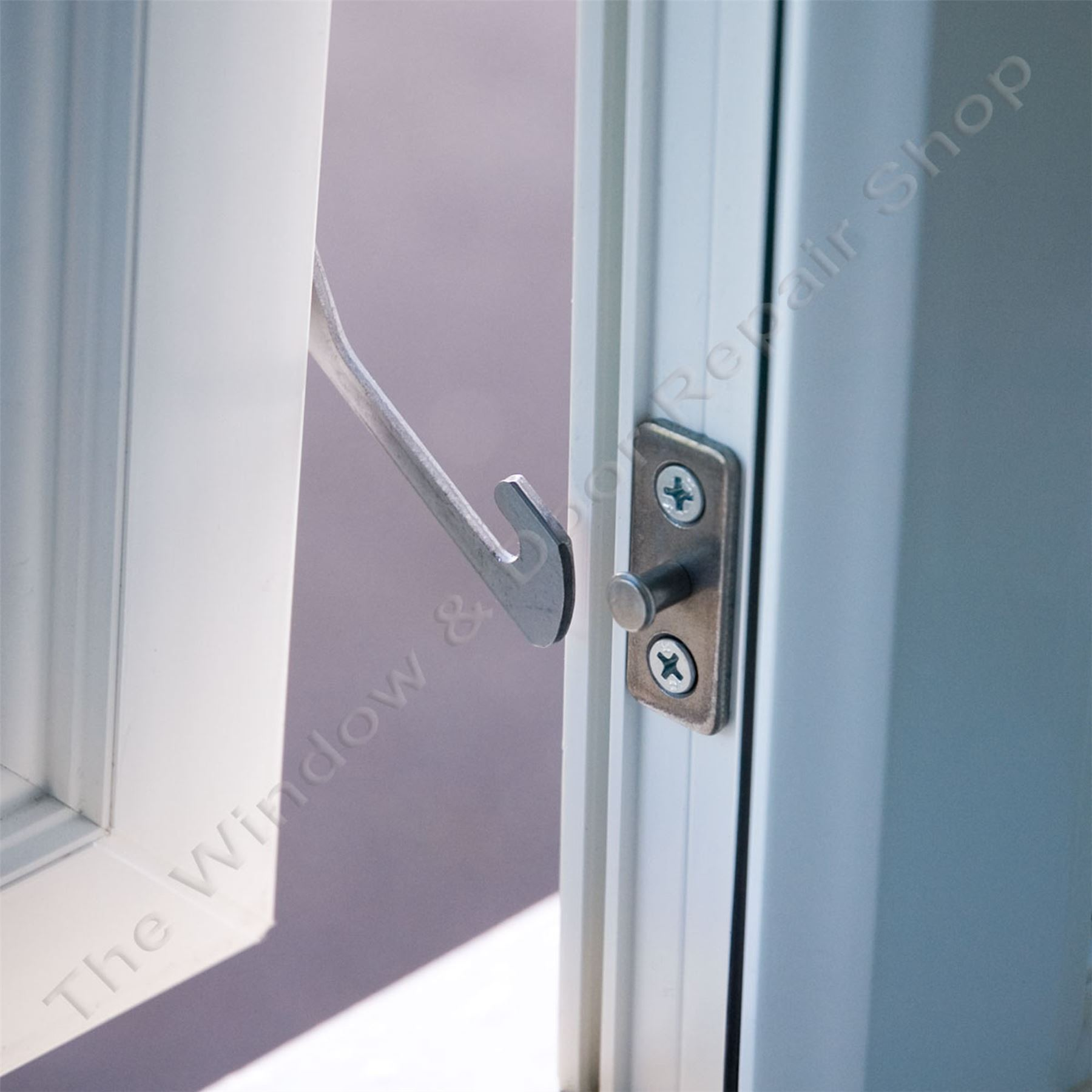 window restrictor fitting instructions